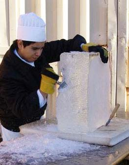 Chattahoochee Tech Students Learn the Art of Ice Sculpting