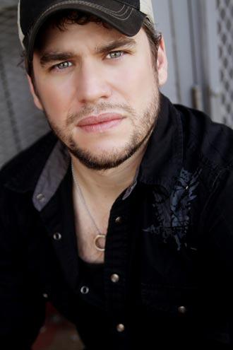Chris Weaver Band kicks off Rocco's 2012 Nashville concert series