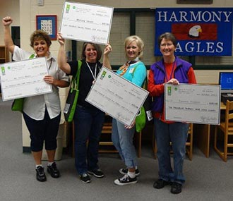 Harmony Elementary Teachers Receive AEMC's Bright Ideas Grant
