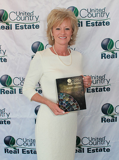 Lydia Spink of Talking Rock Realty Named No. 1 Agent in Georgia, No. 6 in U.S.