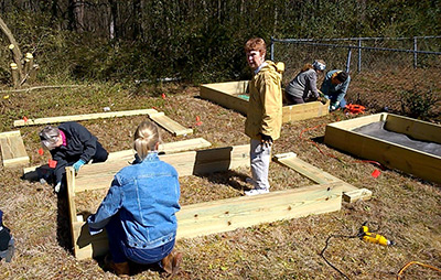 Piedmont Mountainside Builds a Learning Garden for West End Boys and Girls Club