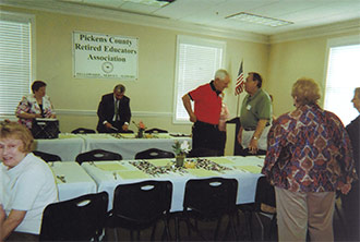 Retired Educators Present Awards