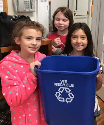 Tate Elementary School Begins Their Recycle Program