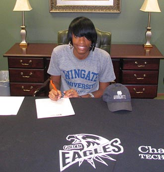 Basketball standout Tiayra Green signs with Division II Wingate
